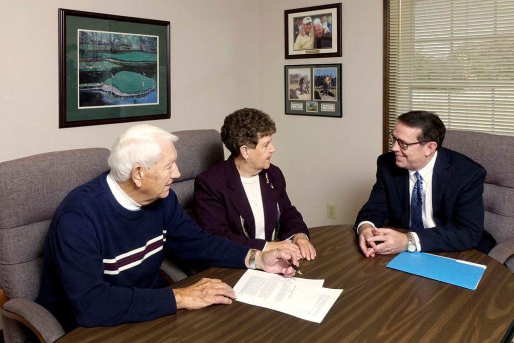Handling Finances When Spouse Dies
